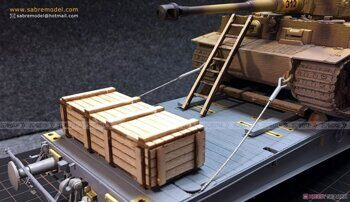 35B05 1/35 Wooden Transport Accessories