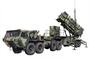 3558 1/35 MIM-104B Patriot Surface-To-Air Missile (SAM) System (PAC-1) w/M983 HEMTT