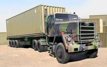 01015 Tractor with M872 Flatbed trailer & 40FT Container