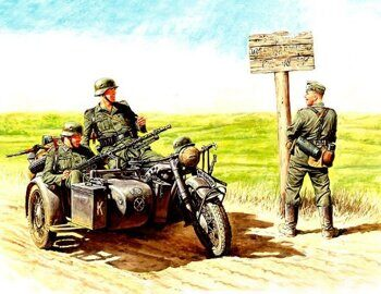 MB3539  German motorcyclists, 1940-1943
