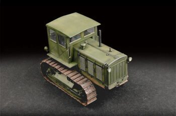 07111 1/72 Russian ChTZ S-65 Tractor with Cab