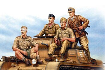 84409 German Tropical Panzer Crew 1/35